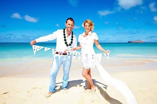 285 hawaii weddings and vow renewals on oahu hawaii weddings junglespirit Images